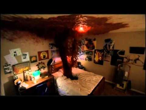 A Nightmare on Elm Street - Glen's Death (видео)