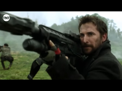 Falling Skies Season 5 (Clip 'The Battles: Field Battle')