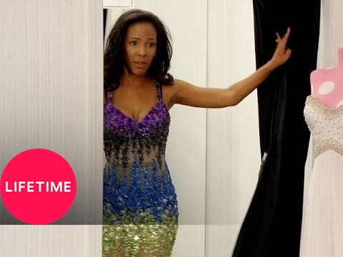 Kim of Queens: Alexis Vs Tateasa (S1, E7) | Lifetime