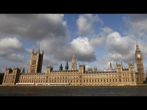 Brexit: Ανησυχία για «ντόμινο» στην Ευρώπη