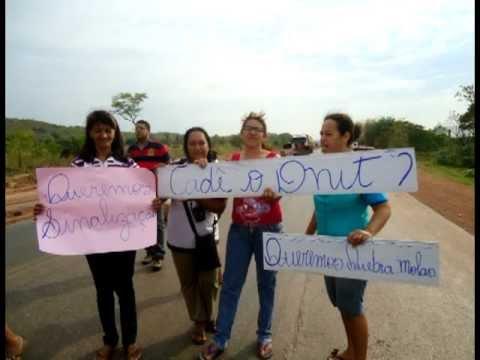 Interdição da BR 163/364 em Rosário Oeste feita por moradores revoltados