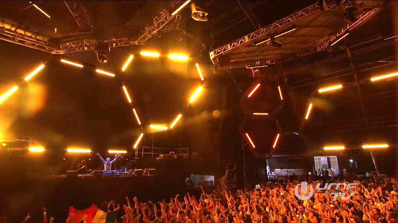 Armin van Buuren - Live @ Ultra Music Festival Miami 2016, I'm In A State Of Trance Stage