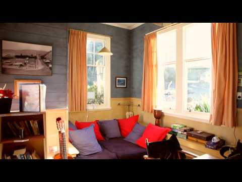 Albatross Backpacker Inn Videosu