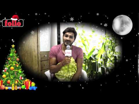 Mrunal Jain Wishes Cristmas & New Year On follo