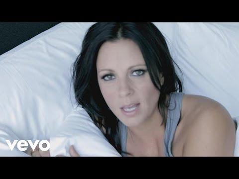 Sara Evans - A Little Bit Stronger