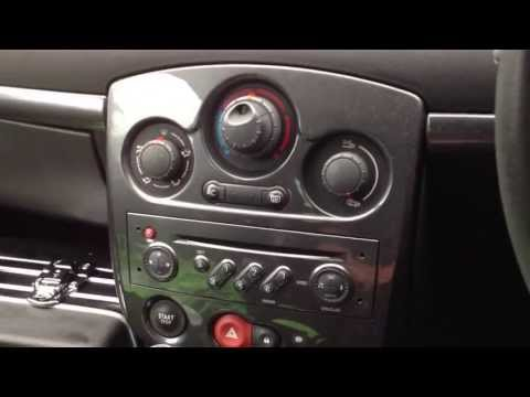 comment demonter autoradio clio 2
