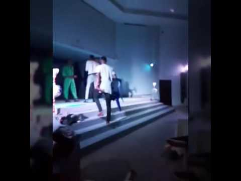 Thespian Nozy & kastropee perform live on stage (Nigerian Comedy)