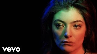 Take a journey through the eyes of Lorde and learn how synaesthesia affects her relationship between visuals and music. This is Lorde in Colour. Watch more from Lorde: http://vevo.ly/oAswQ0Subscribe to Lorde: http://www.youtube.com/subscription_center?add_user=LordeVevoSubscribe to Vevo UK: http://www.youtube.com/subscription_center?add_user=VEVOUKFind us on Facebook: http://www.facebook.com/VEVOUK Follow us on Twitter: https://twitter.com/vevo_ukWatch more from Lorde: http://vevo.ly/oAswQ0