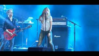 Shakira - You Don't Care About Me (Live Version)