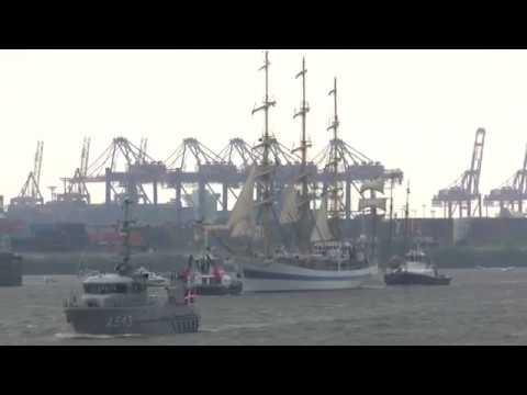 Kommentierte Einlaufparade zum 829. Hafengeburtstag