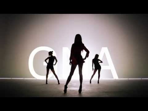 banana - G.NA - Banana Full MV [HD Fanmade] All video credits are by: gnaofficial MrSarangKpop's Facebook: http://www.facebook.com/MrSarangKpop MrSarangKpop's Twitter...