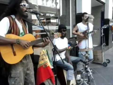 Video SOUL CENTRAL - Stir it up (Bob Marley Cover) Brazilian Busker's REGGAE download in MP3, 3GP, MP4, WEBM, AVI, FLV January 2017
