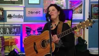 Live Lunch Break: Joanne Lurgio