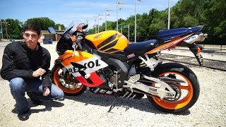 1. Used Bike Reviews - Honda CBR1000RR Repsol ( 2004 - 2005 Fireblade )