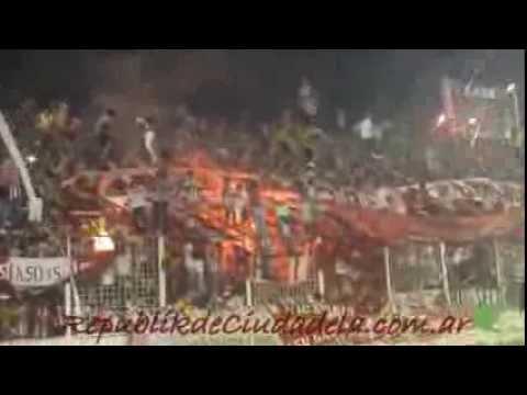 RpKdC - Hinchada San Martín de Tucumán contra Atlético Tucumán - La Banda del Camion - San Martín de Tucumán