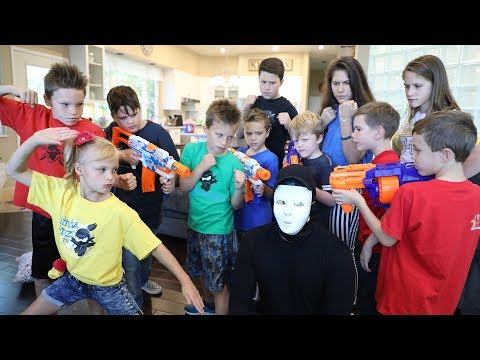 Nerf Blaster Challenge : Ninja Kids, Superhero Kids, Twin Toys & Extreme Toys Vs The Game Master