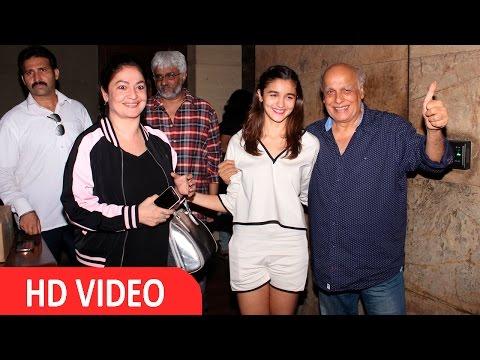 Mahesh Bhatt & Pooja Bhatt At Screening Of Film Udta Punjab