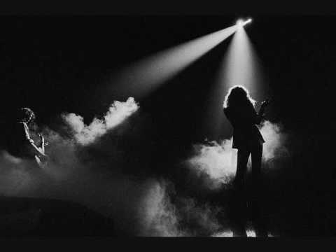 Tekst piosenki Led Zeppelin - Hungry For Love po polsku