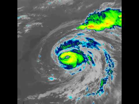 GOES-16 Mesoscale 01 Infra Red - 2018/07/11 (Hurricane Chris)