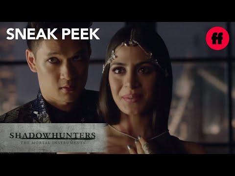 Shadowhunters | Season 1, Episode 4 Sneak Peek: Magnus Points at Alec | Freeform