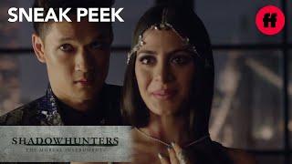 Nonton Shadowhunters   Season 1  Episode 4 Sneak Peek  Magnus Points At Alec   Freeform Film Subtitle Indonesia Streaming Movie Download