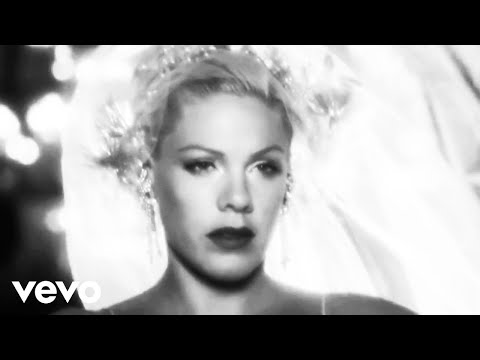 P!nk - I Don't Believe You lyrics