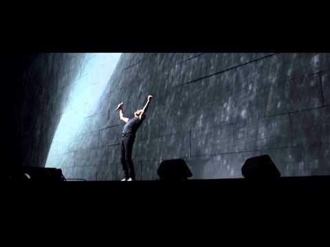 Roger Waters - David Gilmour - Comfortably Numb - Live O2 Arena - The Wall (2011)