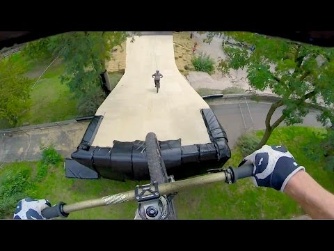 Follow the Leader Slopestyle MTB Edition (видео)