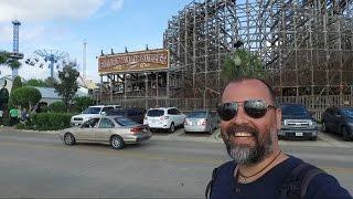Ailecek yaptigimiz Houstonun pek populer mekani Kemah Boardwalk gezisini sizler icin videoya cektik.Kanalimiza abone olmaniz bizi motive ediyor. Lutfen abone ol butonuna basarak kanalimiza abone olmayi unutmayin. Tesekkurler.