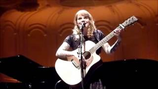 Coeur de Pirate - Verseau (Acoustique)  English + Lyrics