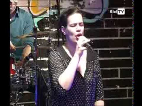 Nina Reloaded Band: Don't Let Me Be Lonely Tonight (Kiel TV 25 01 2014)
