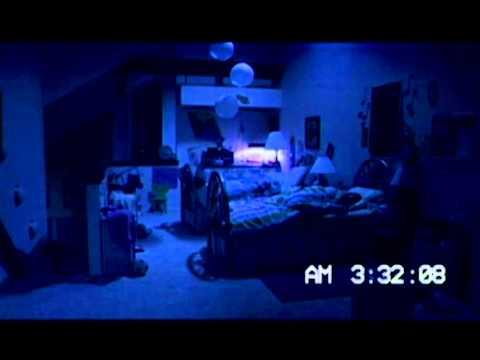 PARANORMAL ACTIVITY 3 (DVD / BR Combo) - Amigo imaginario