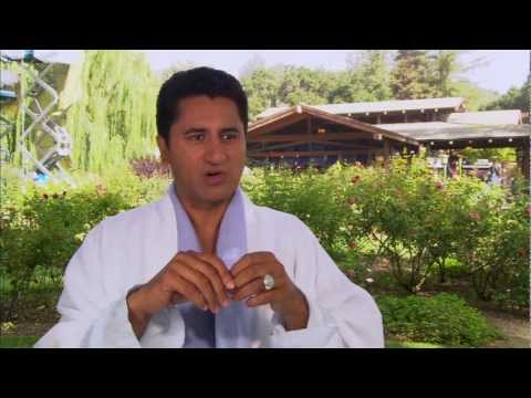 , title : 'A Thousand Words: Official On Set Interview Cliff Curtis [HD]'