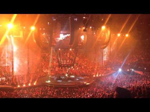 Muse - Uprising - Wells Fargo Center - January 31, 2016