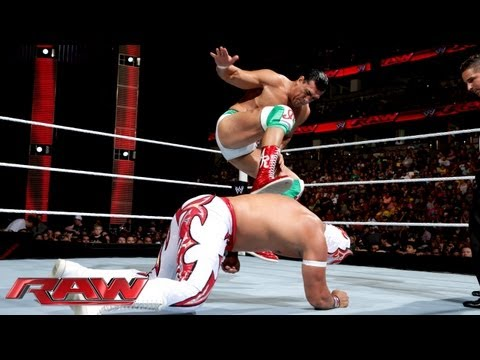 sin cara - World Champion Alberto Del Rio faces Sin Cara and then receives an