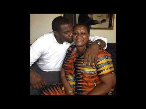 John Dumelo shares tenderly mother's love (PHOTO)