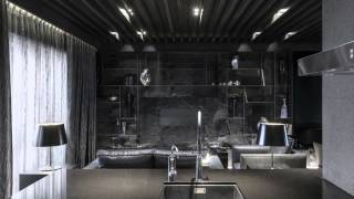 Современный дом в черных тонах от студий Atelierii + Just Make Design