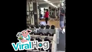 Watch This Woman Leaves Guy Speechless With Her Ridiculous Workout
