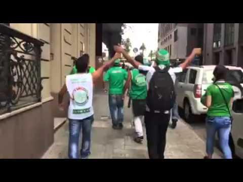 LOS DEL SUR EN URUGUAY CAMINANDO AL CENTENARIO vs peñarol 2016 - Los del Sur - Atlético Nacional - Colombia - América del Sur