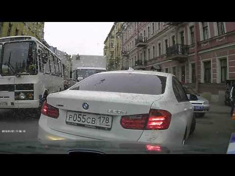 Авария с гламурной блондой на бмв Санкт Петербург