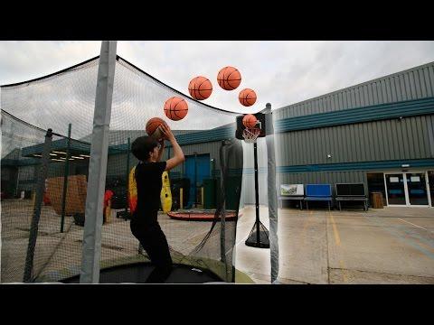 IMPOSSIBLE TRAMPOLINE BASKETBALL TRICKSHOTS!! (видео)