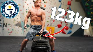 One finger Guinness world record VS Pro Climbers by Magnus Midtbø