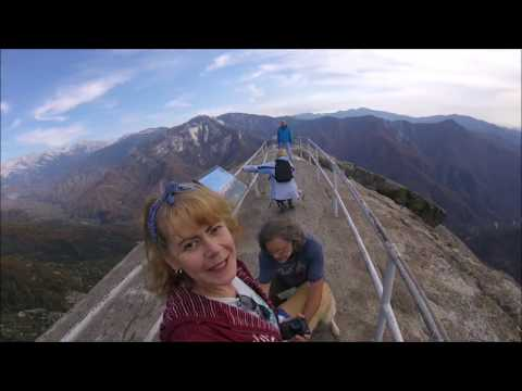 Hiking with Peyton: Moro Rock at Sequioa NP
