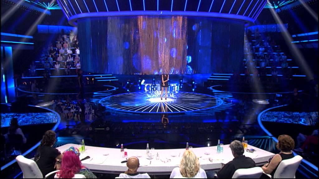 Monika Ristovska – Ja cu prva – Zvezde granda 2014-2015 (ženska grupa – 11. oktobar) – četvrta emisija