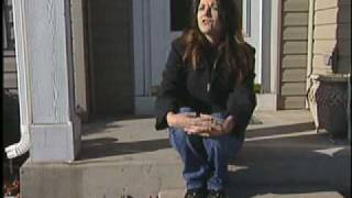 Plainfield (IN) United States  city photo : Plainfield woman flies U.S. flag upside down to send distress call to leaders -- chicagotribune.com.flv