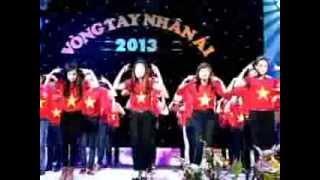 Nhảy dân vũ: Trống cơm (Học viện Âm nhạc Huế)
