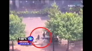 Video Detik - Detik Sebelum Serangan Bom di Sarinah Thamrin MP3, 3GP, MP4, WEBM, AVI, FLV Mei 2018