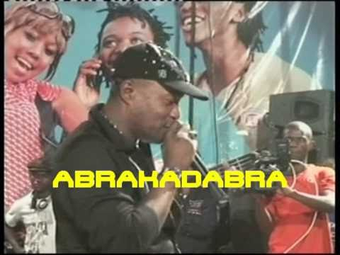 KOFFI OLOMIDE LIVE A KIN EXTRAIT ABRACADABRA DVD DISONIBLE DANS LES BACS