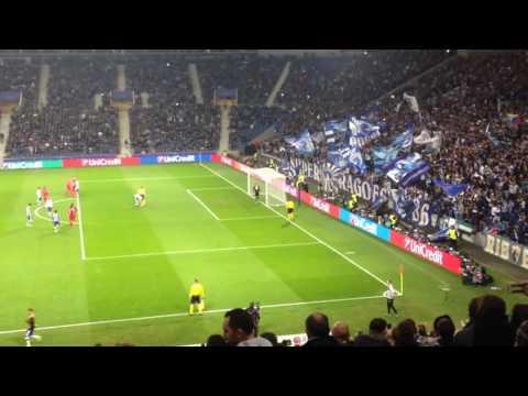 André Silva Goal - FC Porto 5-0 Leicester 2016