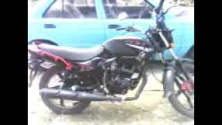Mi motocicleta Italika ft150 gt con un nuevo filtro de aire de alto flujo (intek), para que desemboque mas del carburador hacia el motor...